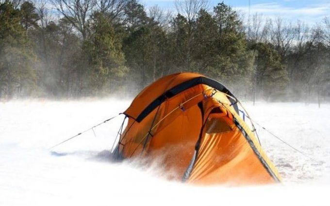 Cold-weather-quality-tent-810x505