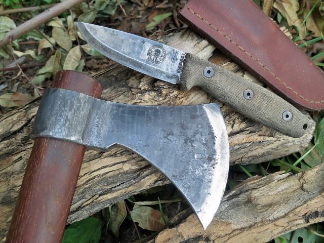 Hatchet and small hunter knife