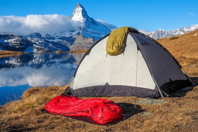 Sleeping bags for backpacking trips
