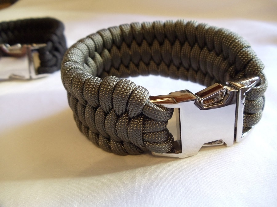 Bracelet with a buckle