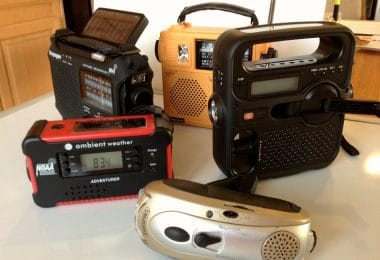 Emergency radios review