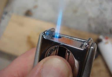 Survival lighter review