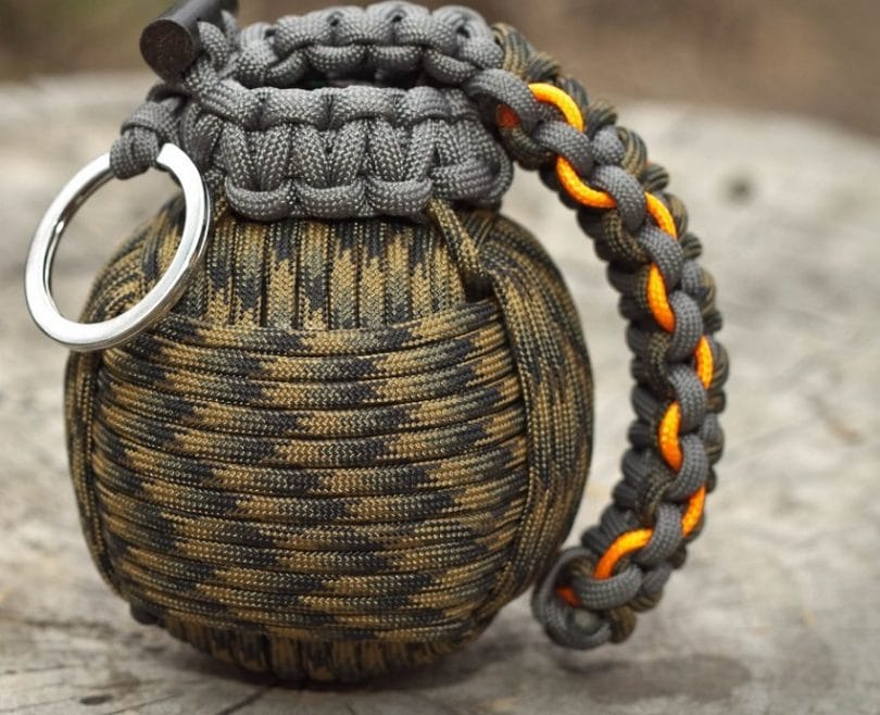 M- 550 paracord grenade Pro