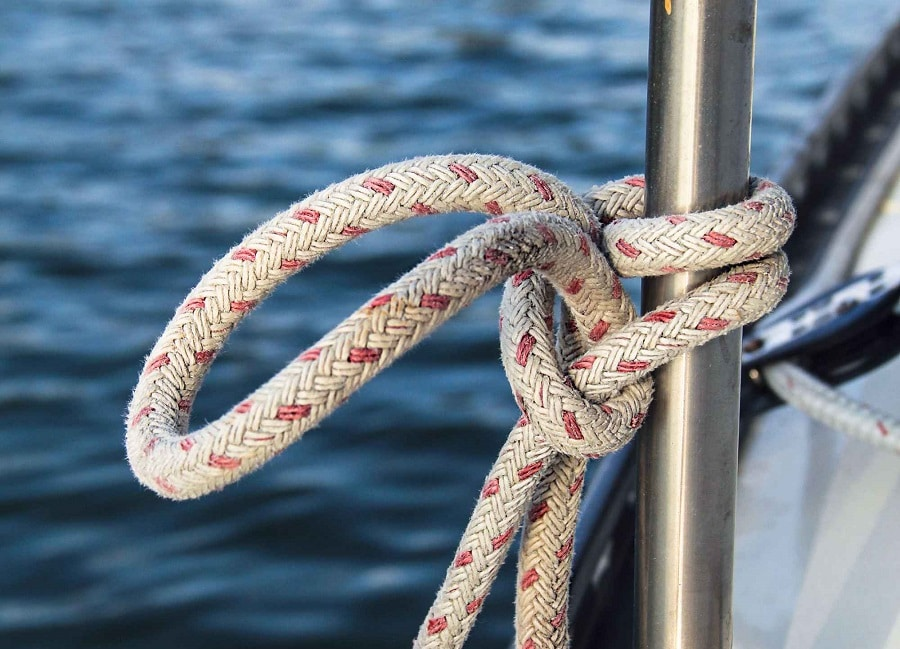 Sailing with paracord