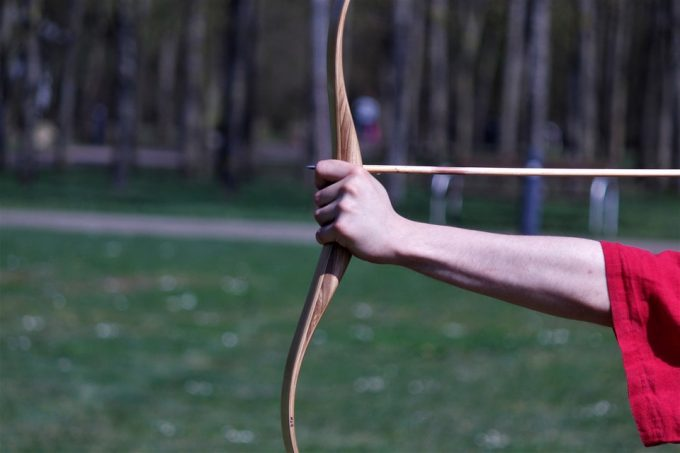 Shooting arrows