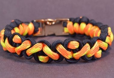 Best paracord bracelet review