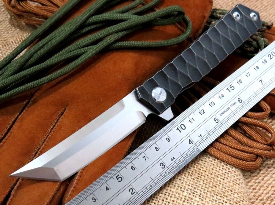 Folding knife blade shape