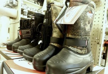 Ice fishing boots review