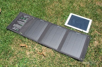 RAVPOWER 16w Solar Charger With Ismart USB Ports