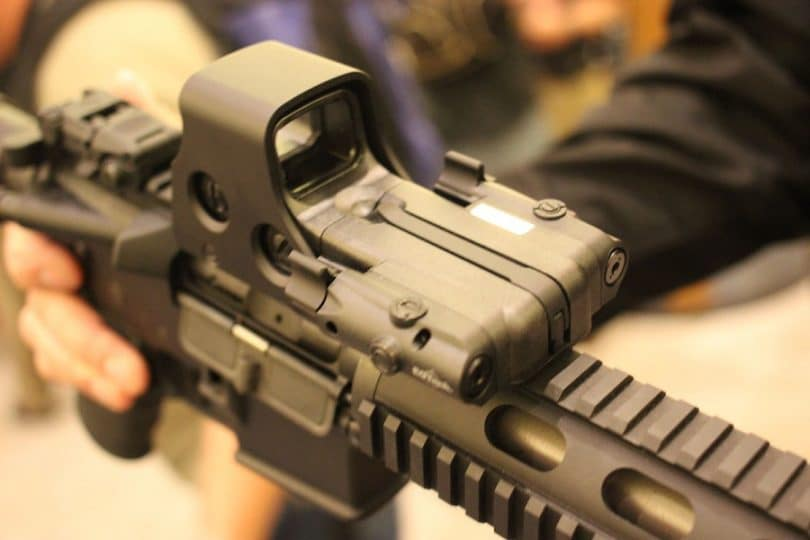 Eotech holographic sight on rifle