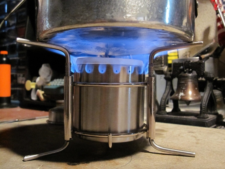 Alcohol stove in action