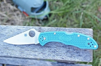 Spyderco Delica 4 Flat Ground Plan Edge Knife