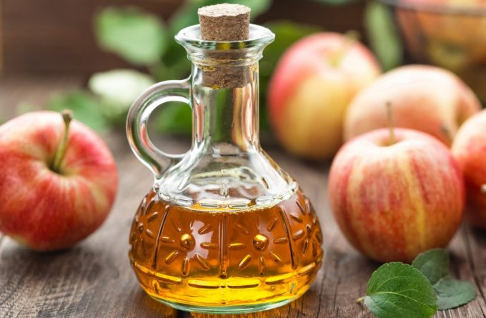 apples and apple vinegar