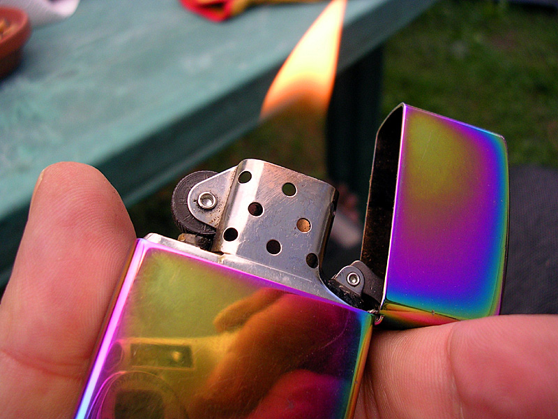 windproof lighter featured