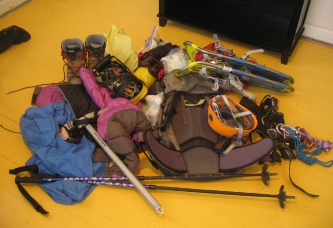 mountaineering gear list featured
