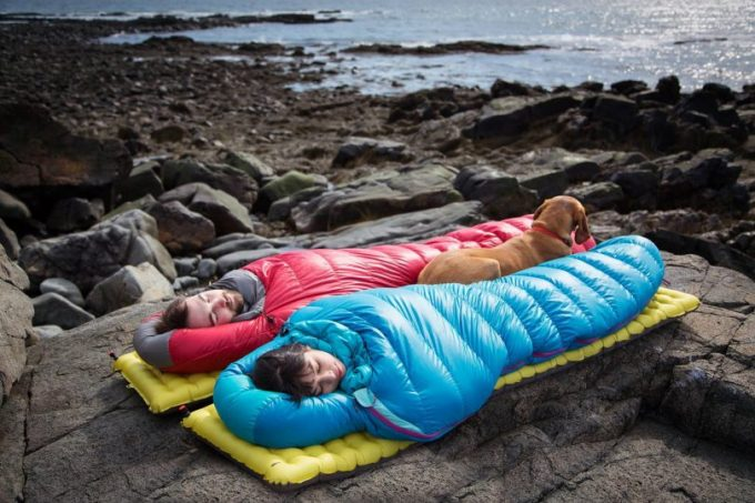 sleeping-bag with the frineds