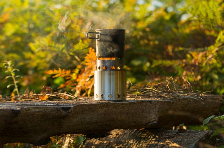 solo wood camp stove featured
