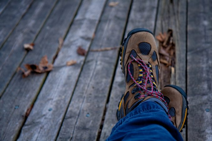 vegan hiking boots featured