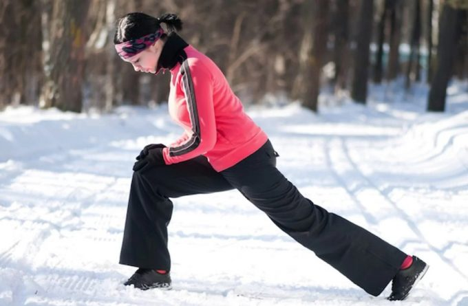 warming up in the winter with exercises