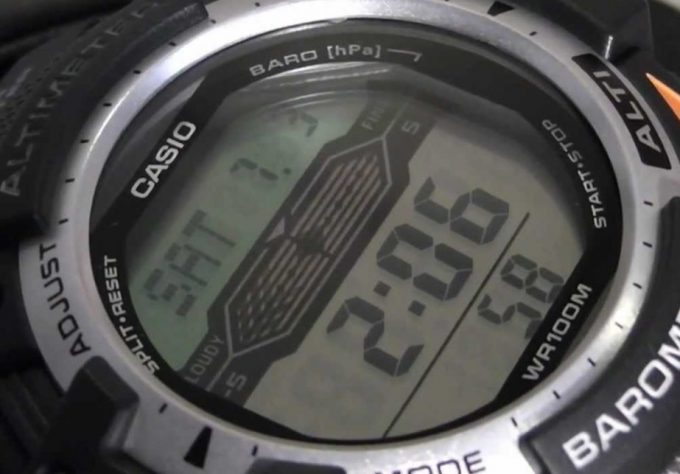 altimeter watch display