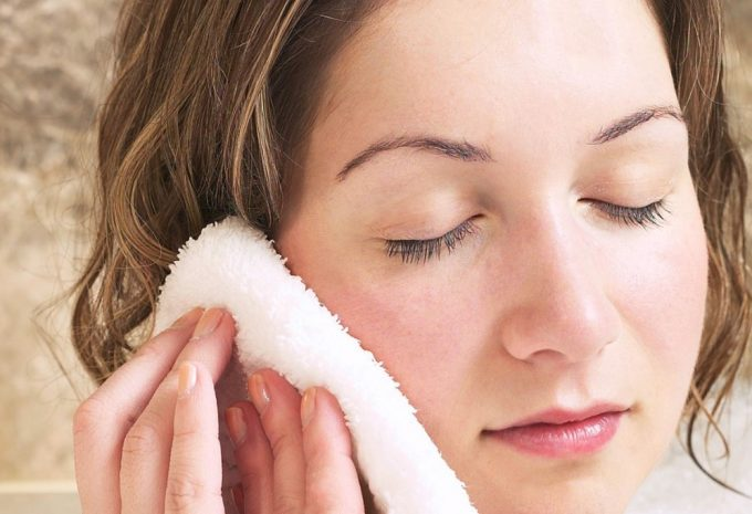 warm compress on ear