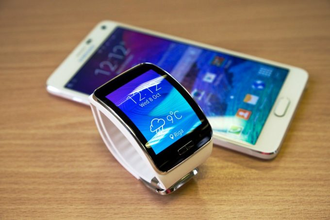 Smart Watch Phone Syncing