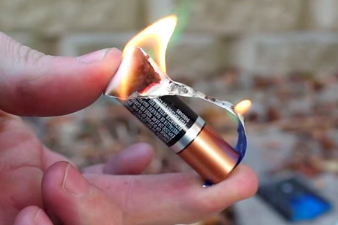 Starting a Fire with Battery and Gum Wrap